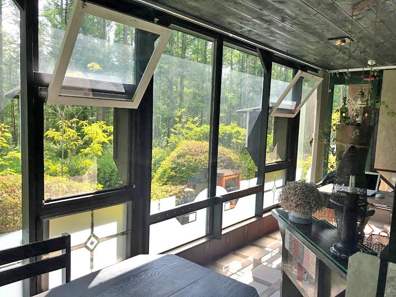八ヶ岳富士見高原の宿・ペンション villa fromnow club / サンルームの写真 no2